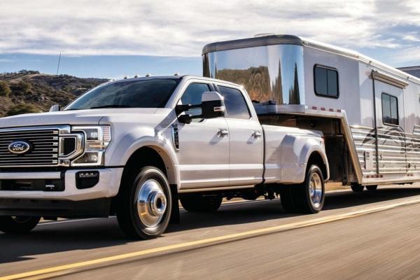 truck w trailor